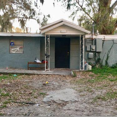 Rental Fixer Upper in Tampa.