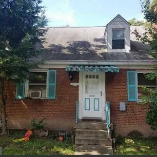 Great Fix &Flip Deal In Hot Woodridge Area Of N.E.