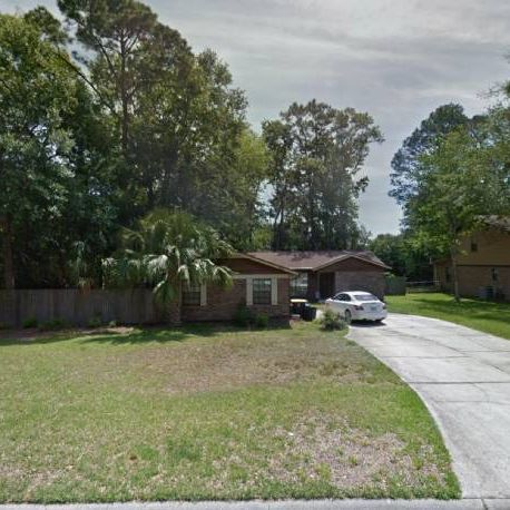 Instant Equity! Move in ready! JAX Florida.