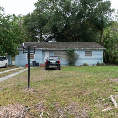 South Sarasota 3/2 Investment Property.
