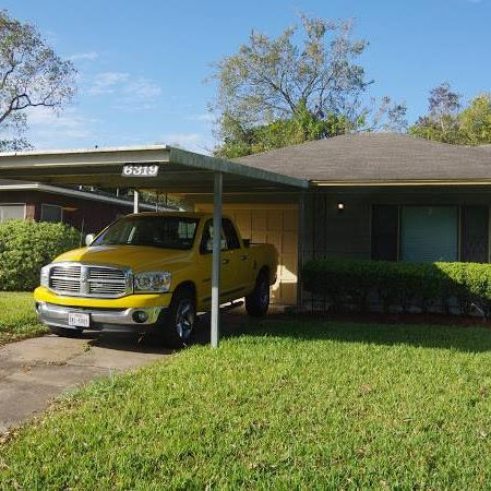 Minor Rehab Needed for Nice Home in South Houston!