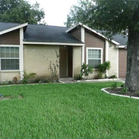 NE Houston Rental with Tenant & Cash Flow.
