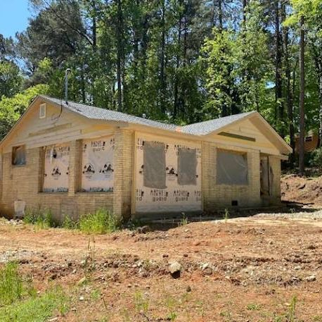 ** Huge 1 acre lot! New Framing & Electrical **.