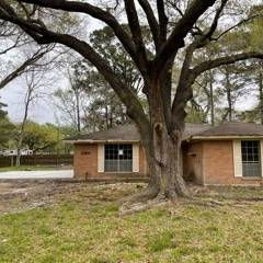 2 Lots!!! Partially Renovated Deal in Dayton.