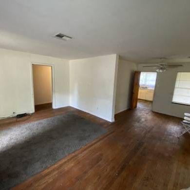 Pasadena (SE) Area | Fix & Flip or Rental.