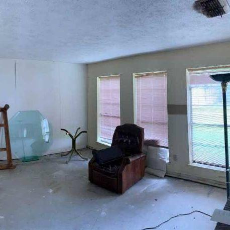 Houston (SE) Area | Fix & Flip or Rental.